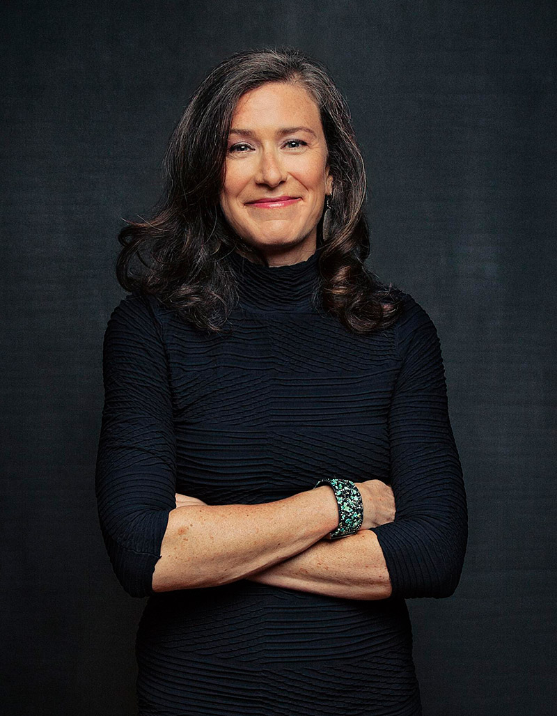 Amy Siskind Headshot
